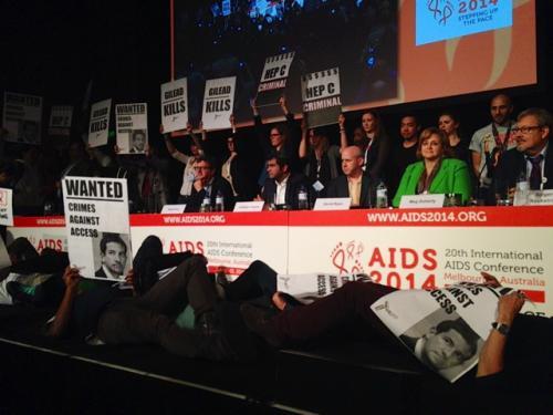 GTPI_aids2014_gilead_protest1